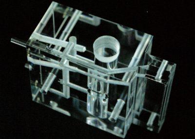 Georg Franz und Brose Acrylglas aus Berlin